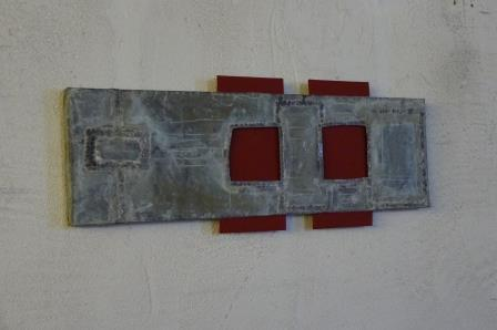 Wandsculptuur Iñaki Olazabal, zink en geschilderd hout.