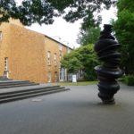 Mooi overzichtelijk beeldenpark met een grote verscheidenheid aan beelden van diverse internationaal bekende kunstenaars.